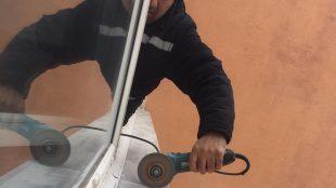 Koridor iç cam su giderleri onarımına başlandı