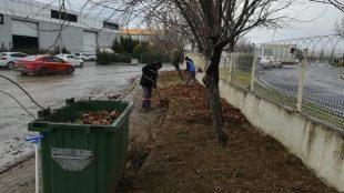 Site çevre temizlik çalışmaları devam ediyor